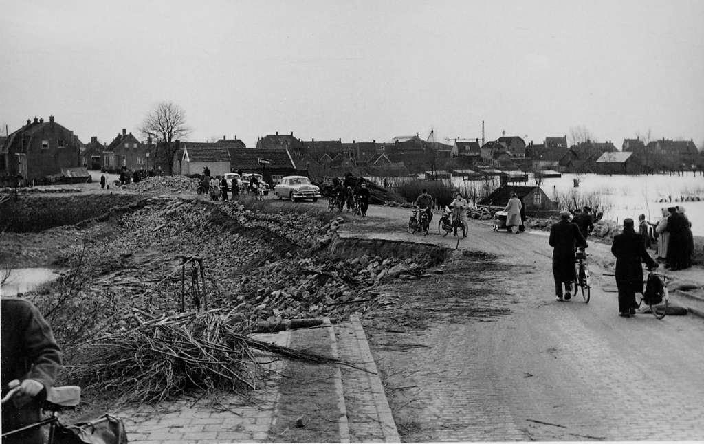 NBM-Watersnood 1953 - Sliedrecht-Oost